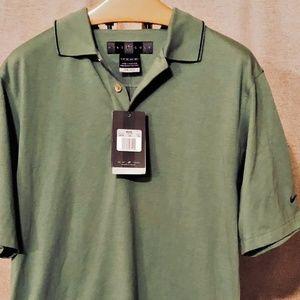 NWT Nike Mens Golf Shirt Size XS NikeFitDry